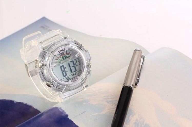Часы наручные спортивные женские N-Time white