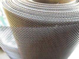 Сітка ткана з нержавіючої дроту. Осередок: 1,1 мм, Дріт: 0,36 мм, Ширина 1м.