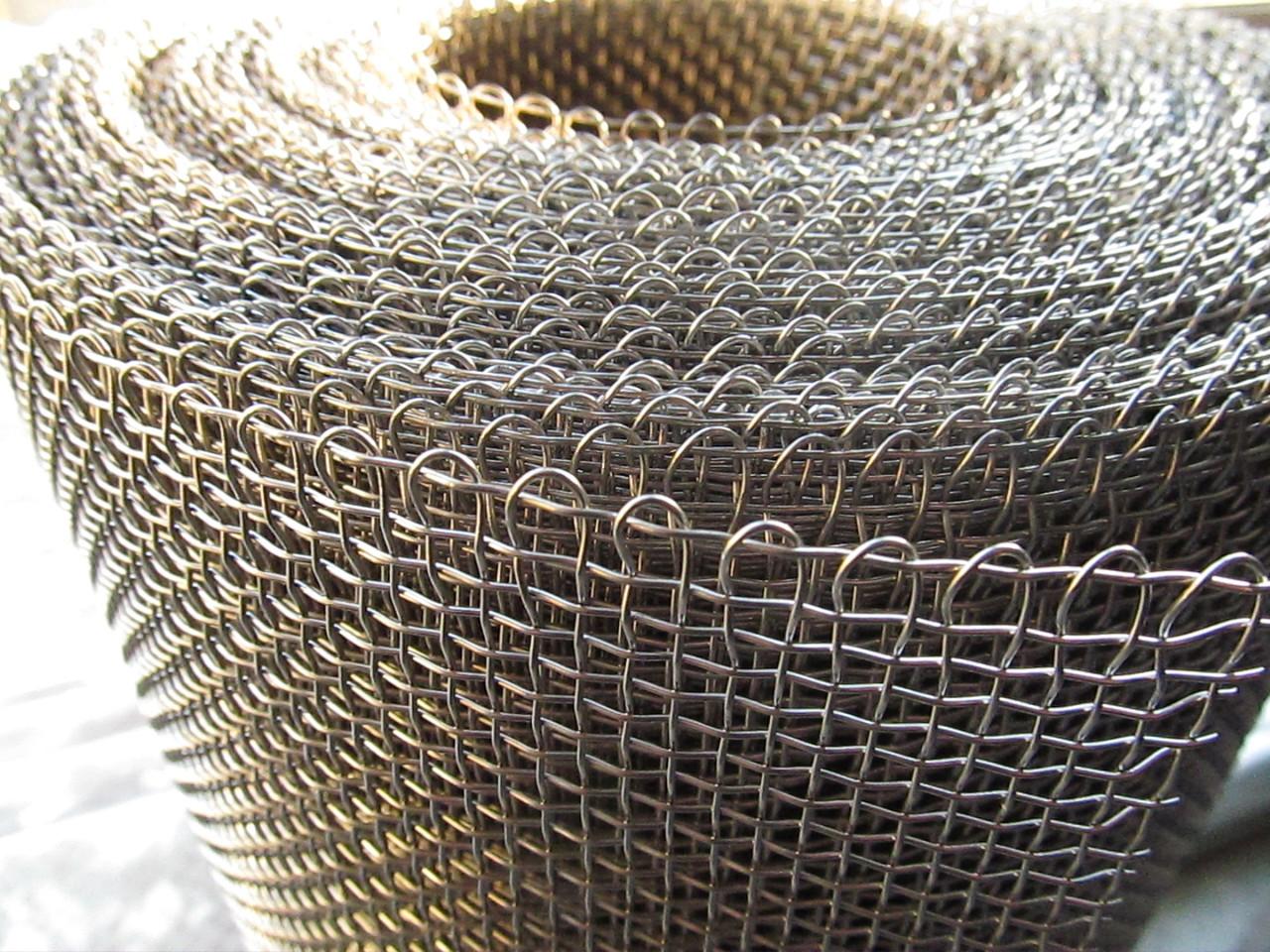Сетка тканая из нержавеющей проволоки. Ячейка: 6,0мм, Проволока: 1,2мм, Ширина 1м.