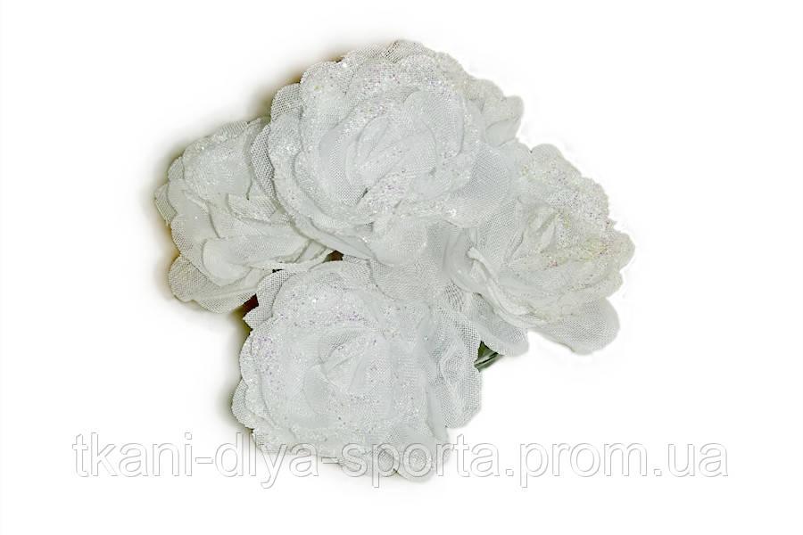 Шпилька для волос - белый цветок из ткани