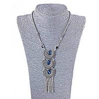 Колье с крупными синими стразами, цвет металла серебро, длина 45-50см