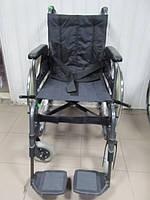 Инвалидная кресло-коляска б.у. шириной 43 см. для реабилитации Otto Bock  в хорошем состоянии