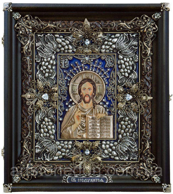 Иконы в серебряных окладах. Икона Господь Вседержитель 26*23*3,5 cм