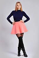 Кокетливая молодежная короткая юбка