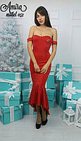 Женское платье с брошью у-54032416