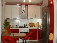 Кухня красная с белым 6,8 м.кв.