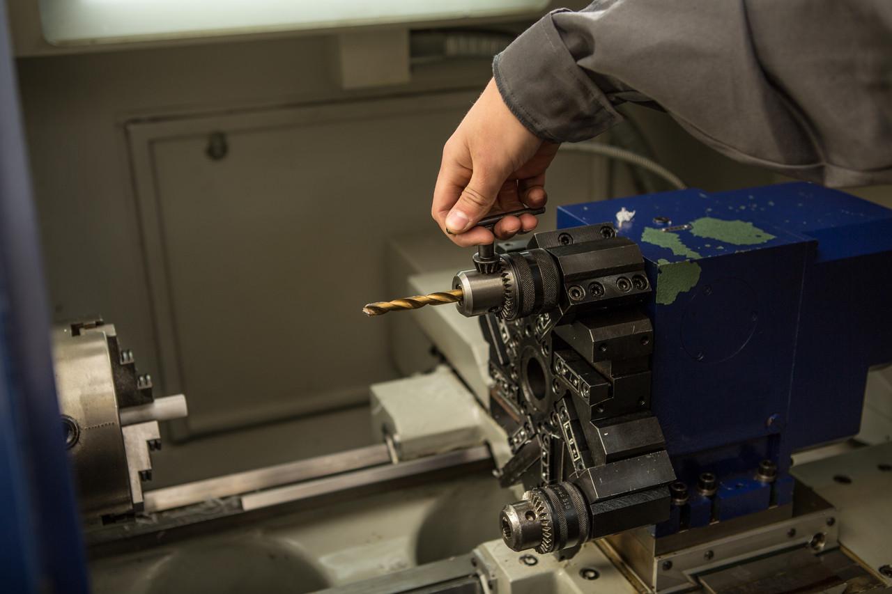 Изготовление деталей на токарных станках с ЧПУ