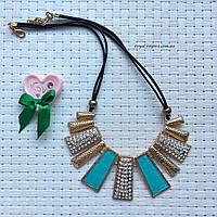"""Ожерелье """"Керри"""", кристаллы и сплав металлов, голубой."""