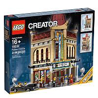Пластмассовый конструктор LEGO Creator Кинотеатр (10232)
