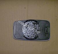 Зеркальный элемент левый (мех.) Chery Amulet Чери Амулет A11-8202051