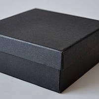 Подарочная коробка упаковочная из бумаги