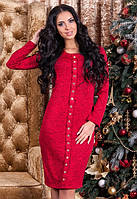 Теплое красное трикотажное платье