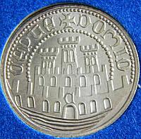 Серебряная монета Португалии 500 эскудо. 1983 год.