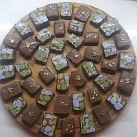 Камни зеленые трансфер для шоколада