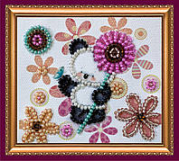Набор-магнит для вышивки бисером «Мишка и цветочки»