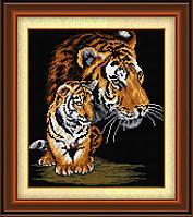 30044 Тигрица и тигренок. Dream Art. Набор алмазной живописи (квадратные, полная)(D3718). Рисование квадратными камнями на холсте