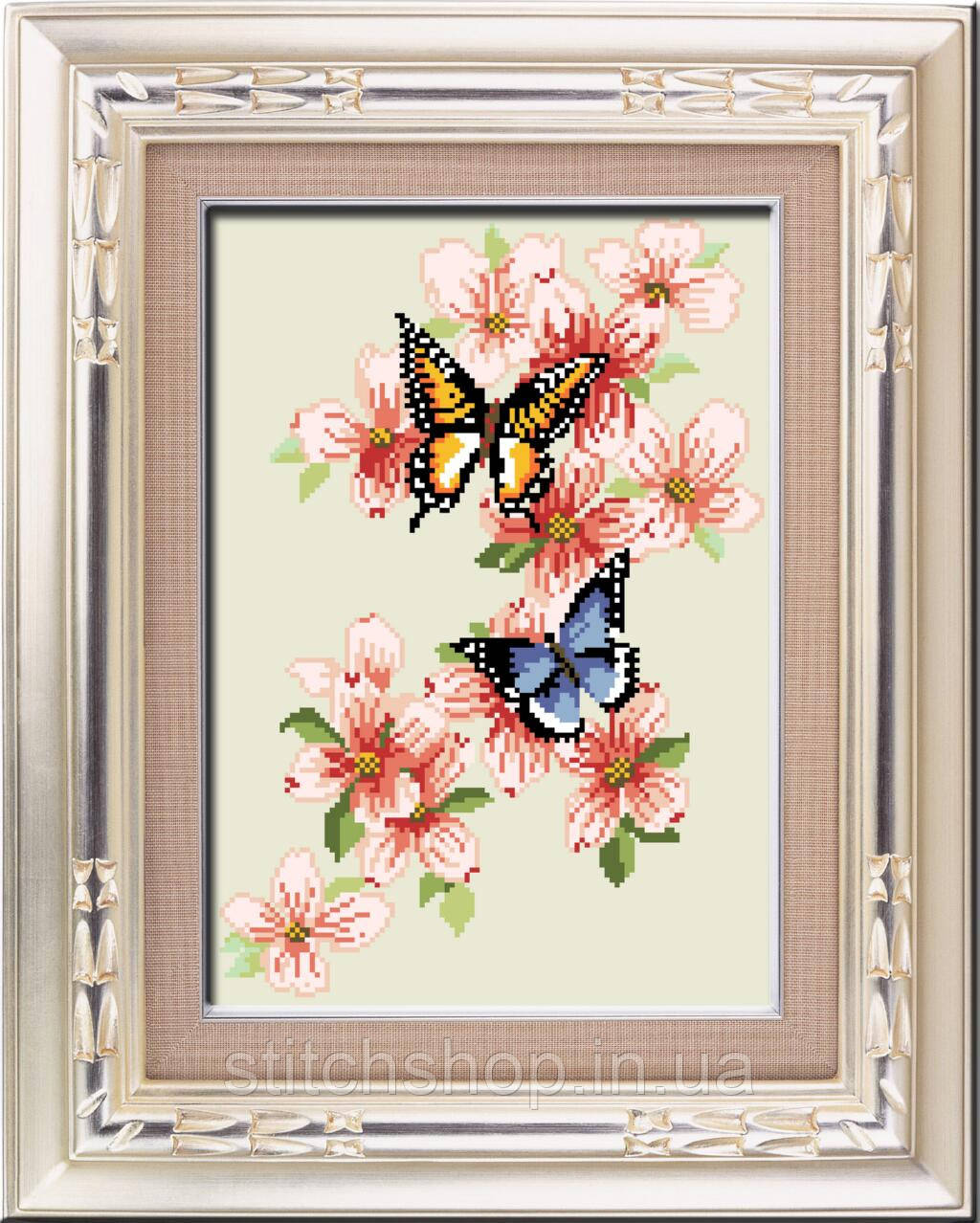30118 Бабочки. Dream Art. Набор алмазной живописи (квадратные, полная). Рисование квадратными камнями на холсте