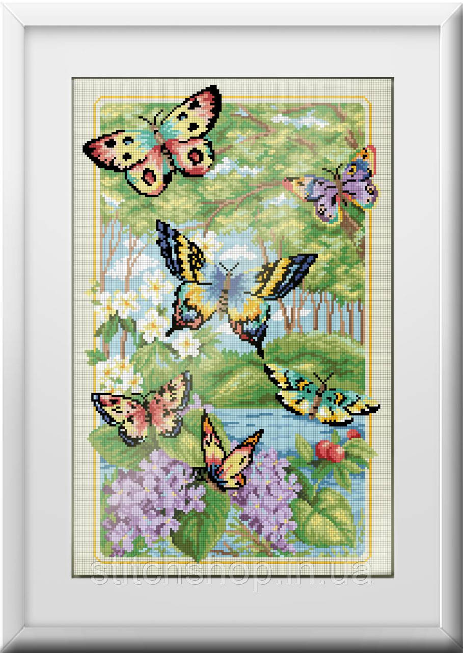 30120 Лесные бабочки. Dream Art. Набор алмазной живописи (квадратные, полная). Рисование квадратными камнями на холсте