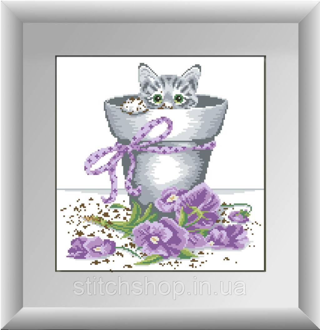 30141 Котенок в цветочном горшке. Dream Art. Набор алмазной живописи (квадратные, полная). Рисование квадратными камнями на холсте