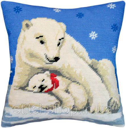 V-06 Белые медведи. Подушка. Чарівниця. Набор для вышивания нитками на канве с нанесенным рисунком