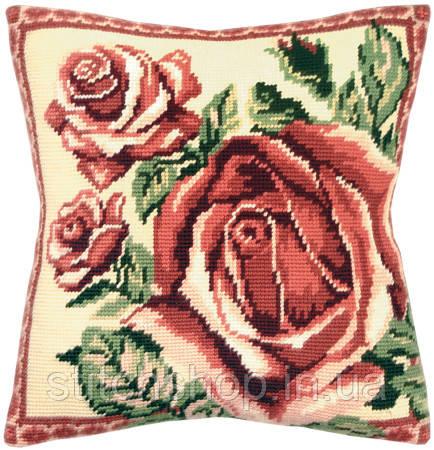 V-11 Роза. Подушка. Чарівниця. Набор для вышивания нитками на канве с нанесенным рисунком