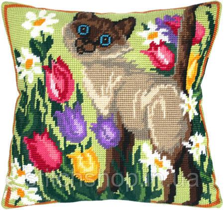 V-52 Сиамский кот. Подушка. Чарівниця. Набор для вышивания нитками на канве с нанесенным рисунком