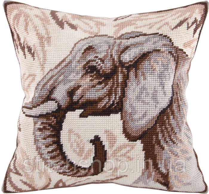 V-73 Слон. Подушка. Чарівниця. Набор для вышивания нитками на канве с нанесенным рисунком