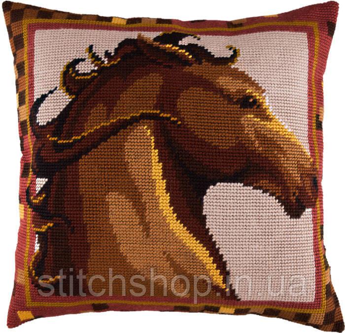 V-113 Конь. Подушка. Чарівниця. Набор для вышивания нитками на канве с нанесенным рисунком