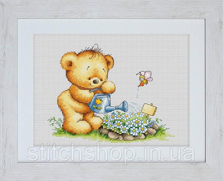 B1053 Мишка с лейкой. Luca-S. Набор для вышивания нитками