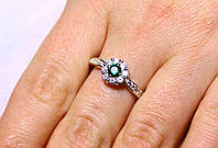 Кольцо серебро 925 проба 17.5 размер АРТ1224 Зеленый