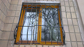 Решетки на окна и балкон