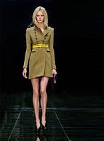 Модное женское пальто с ремнем