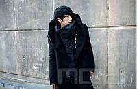Мужское пальто с оромным воротником и с капюшоном