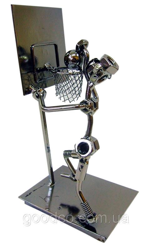 Фигурка баскетболиста из металла выполненная в стиле техно-арт