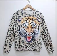 Свитшот иигр с леопардовым принтом