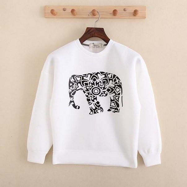 Белый свитшот с черным слоном