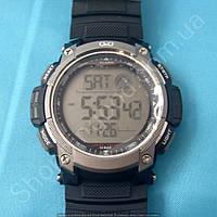 Спортивные часы Q&Q M119J002Y мужские кварцевые черные водонепроницаемые WR 100 с подсветкой