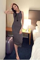 Длинное легкое платье без рукавов