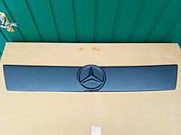 Зимняя накладка на решетку радиатора Mercedes Vito /  Мерседес Вито  638 / 1996-2003