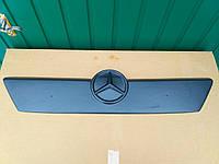 Зимняя накладка на решетку радиатора Mercedes Sprinter / Мерседес Спринтер 00-02