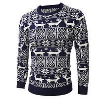Новогодний мужской свитер с множеством оленей