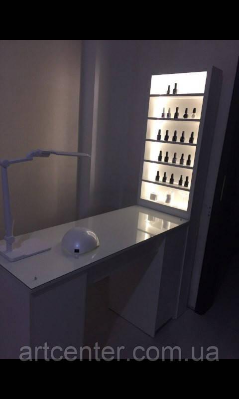 Маникюрный стол с бактерицидной лампой, УФ-лампой, с витриной с подсветкой, белый глянец