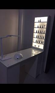 Маникюрный стол с бактерицидной лампой, УФ-лампой, белый глянец