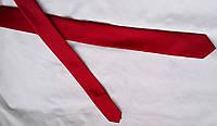 Фирменный  галстук красный тонкий