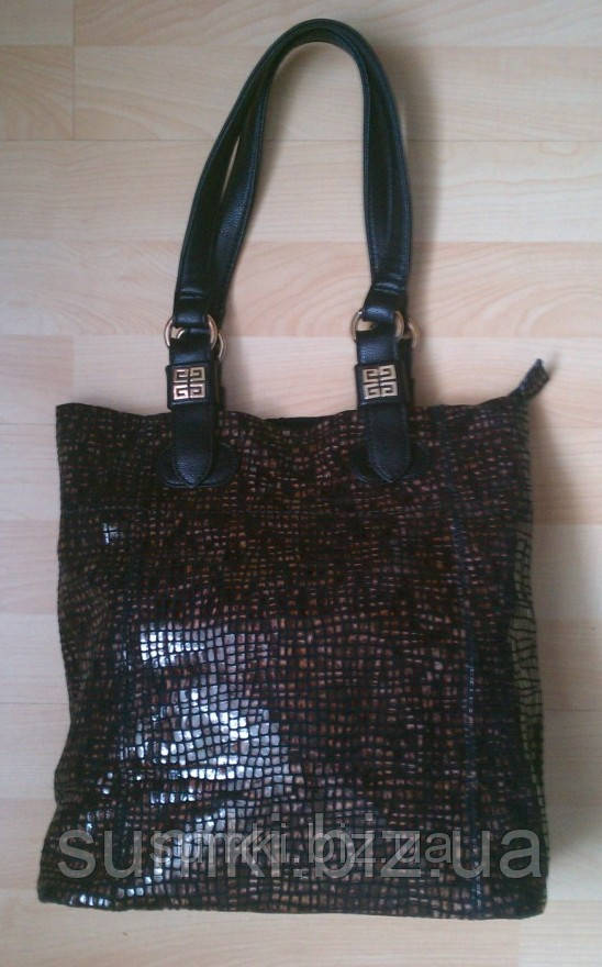 Брендовые сумки из натуральной кожи купить недорого ... 323d4ba02cd