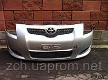 Передний бампер Toyota Auris