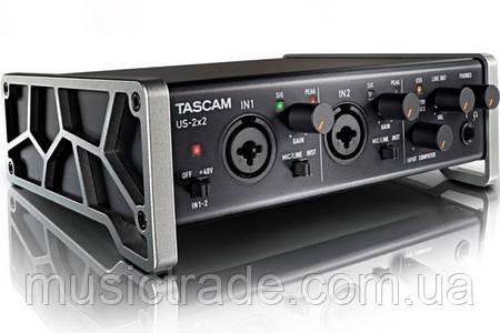 Аудио интерфейс Tascam US 2×2