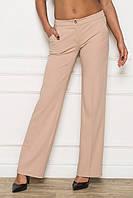 Прямые женские брюки со стрелками бежевые