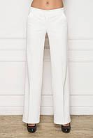 Прямые женские брюки со стрелками белые