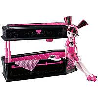 Кукольный набор Монстер Хай Дракулаура с кроватью, Monster High Draculaura Doll & Jewelry Box Coffin Set.